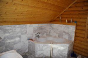 Badkamer houten huis Velden
